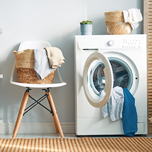 Washer machine with a laundry basket